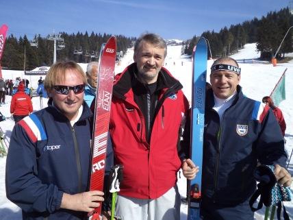 U sredini, izmedju Krizaja i Franka, je Zoran Radulovic. (Skijanje.sr.)
