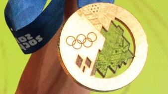 700 gr. teske medalja