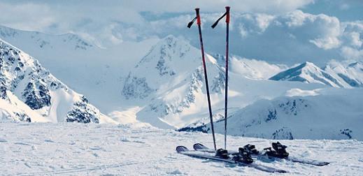 par-skija-na-snijegu 2