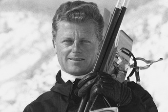 Olimpijski pobjednik u veleslalomu na ZOI 1952.godine u Oslu, Norveska.