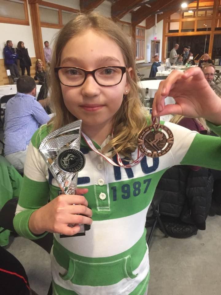 Lara i medalja
