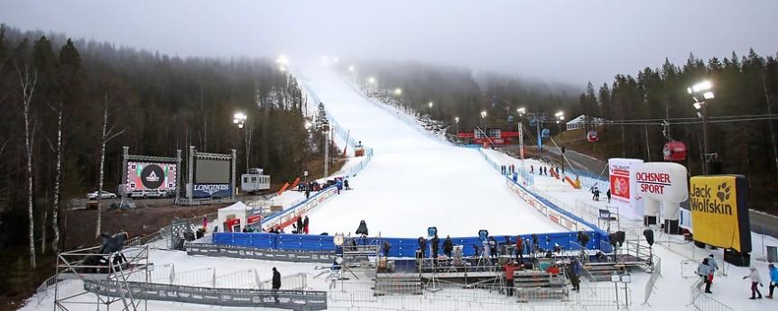 69492_opener_12617_ski_alpin_damen_vor_slalom_levi_g